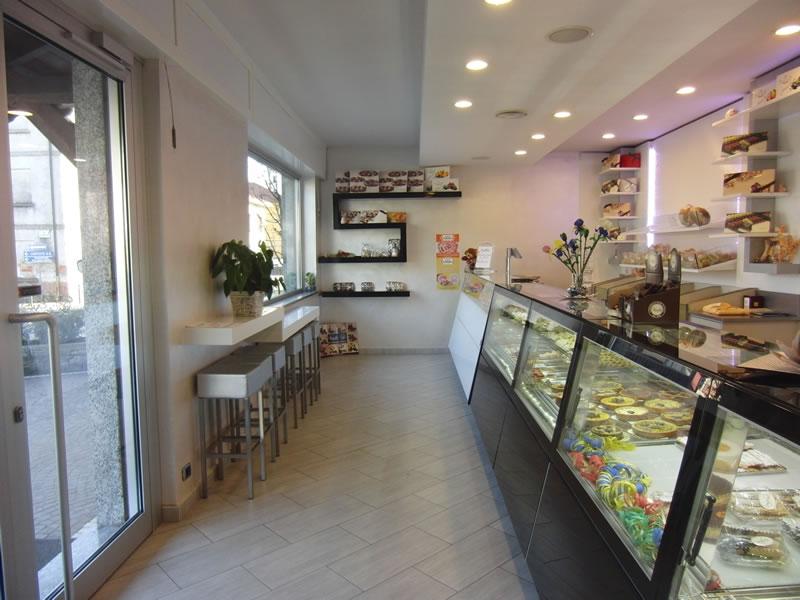 Vista degli interni della Pasticceria Panificio Caffetteria La Meta a Lazzate, Monza Brianza