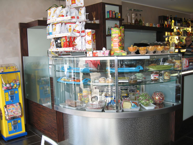 Angolo del banco del Bar Tabaccheria Luisa a Villasanta, Milano