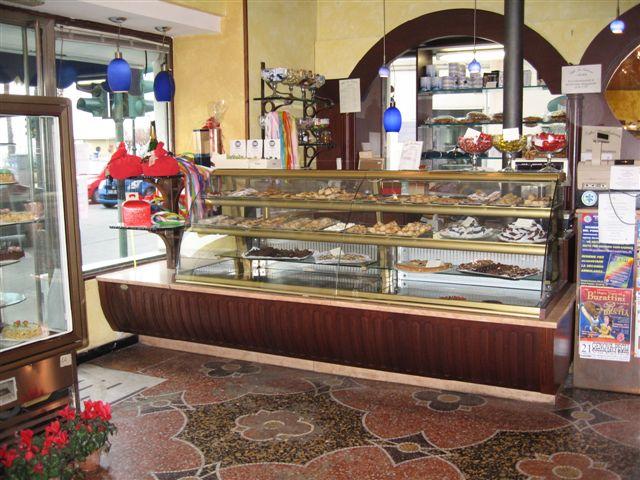 Foto del banco bar scattata al Bar Pasticceria Amleto a Pegli, Genova