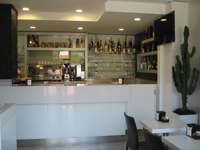 Foto scattata presso l'angolo bar della Pasticceria Panificio Caffetteria La Meta a Lazzate, Monza Brianza