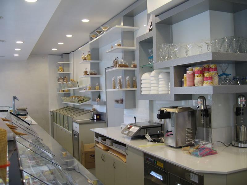 Foto scattata al retrobanco della Pasticceria Panificio Caffetteria La Meta a Lazzate, Monza Brianza