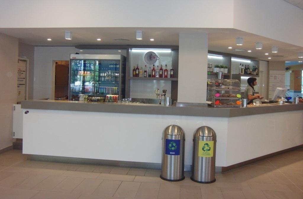 Angolo bar e caffetteria completamente ristrutturato ed installato presso le Piscine Comunali di Gorgonzola