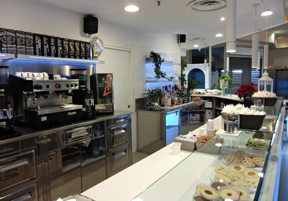 Banco caffetteria, foto scattata presso il Bar Caffetteria Pelikan's presso l'Iper Coop a Treviglio, Bergamo