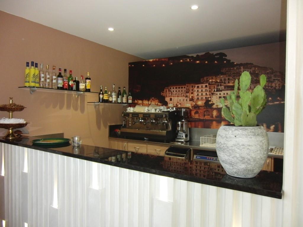 Foto del bancone cassa ripresa al Ristorante Pizzeria Parsifal a Treviolo, Bergamo
