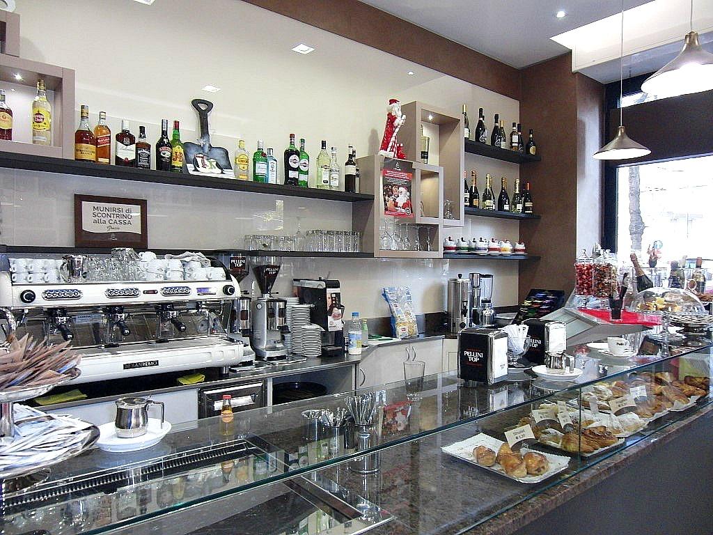 Foto della zona caffetteria scattata alla Pasticceria Caffetteria i 4 Mastri a Milano