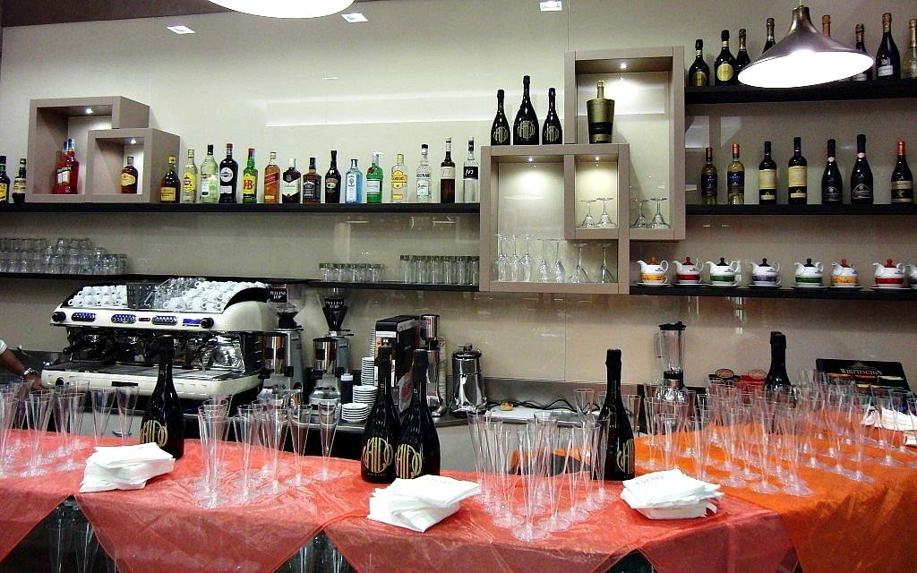 Foto scattata il giorno dell'inaugurazione presso la Pasticceria Caffetteria i 4 Mastri a Milano