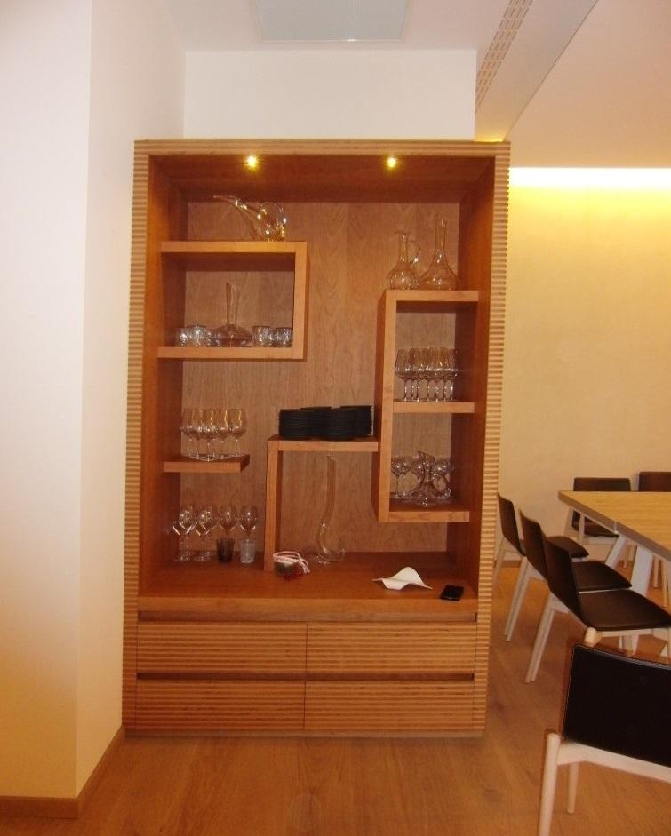 Mobile di servizio all'interno del salone del Ristorante Ezio Gritti di Bergamo